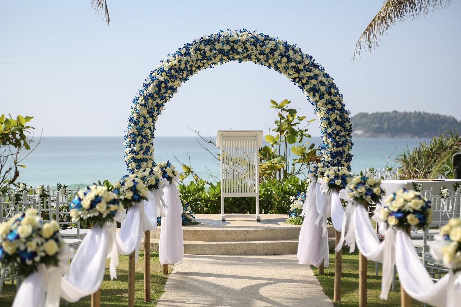 Инструкция как сделать свадебную арку с цветов